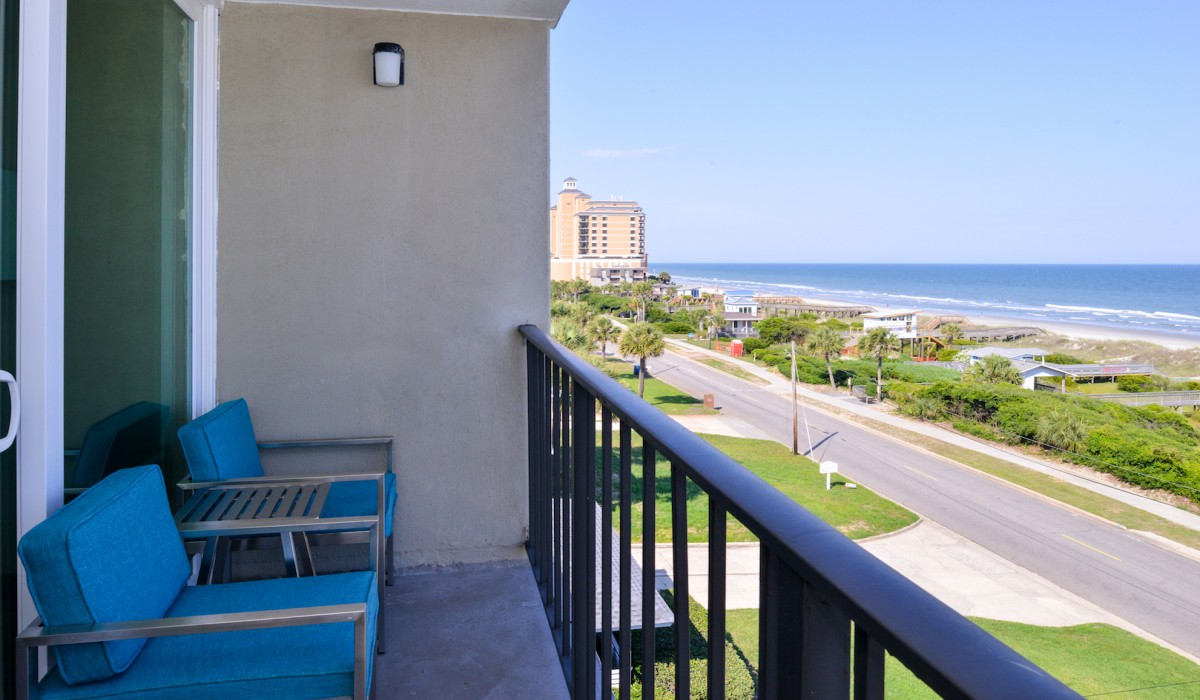Oceanfront 2 Queen Beds At The Cabana Shores Hotel