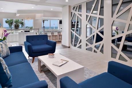 Cabana Shores Hotel - Lounge
